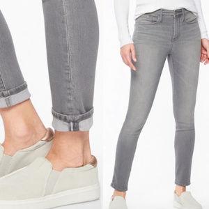 Athleta Sculptek Grey Wash Skinny Jeans 6 Petite